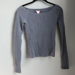 A&F blue knit long sleeve sweater in M